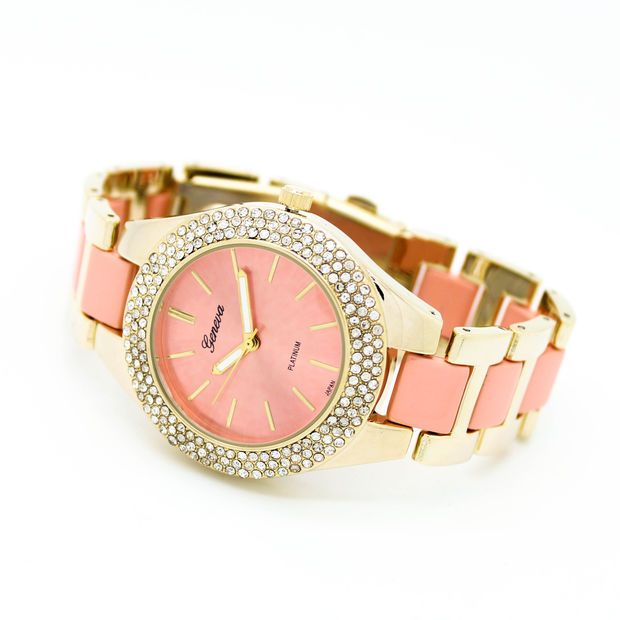 Pastel bezel metal watch