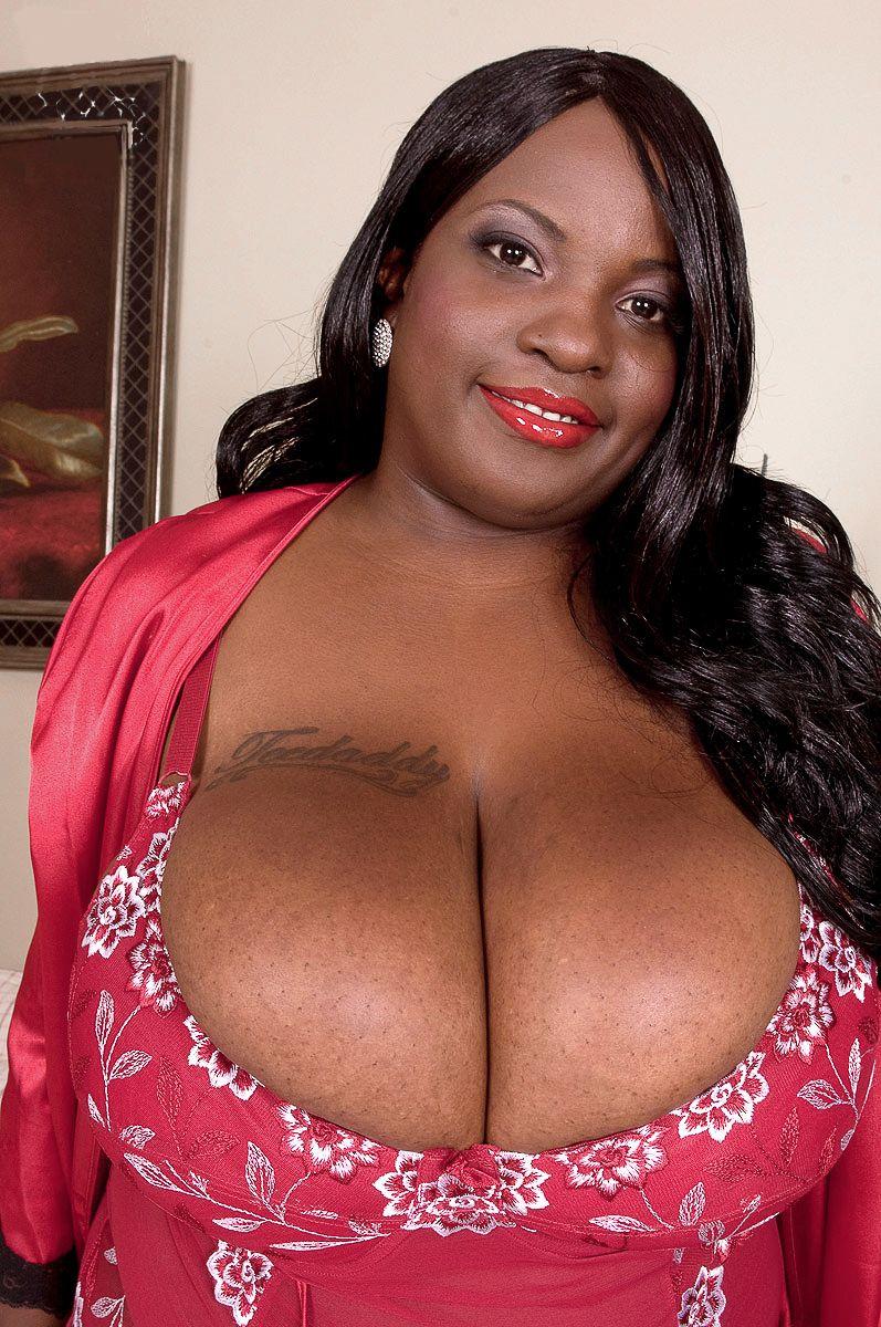 black mama big boobs naked fuckbook - lennatin