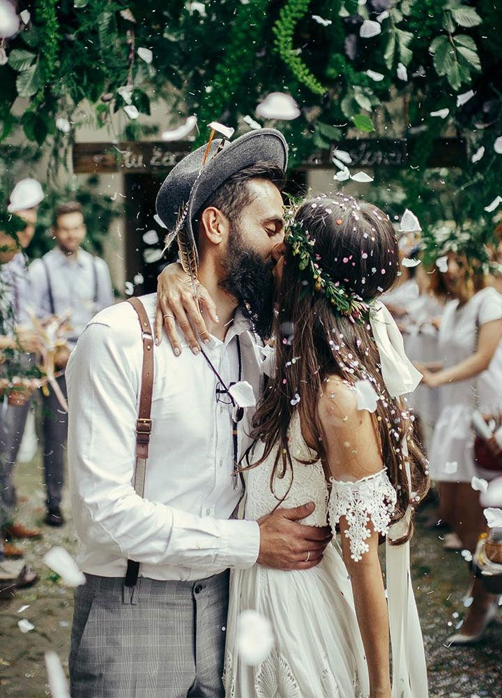 Bohemian bride wears romantic wedding dress | itakeyou.co.uk