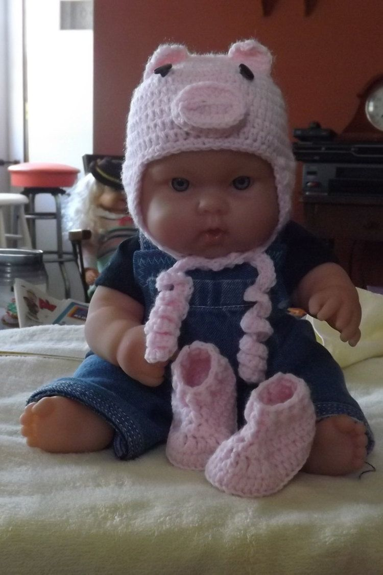 Little piggly hat and bootie set by NutHouseKnots on Etsy