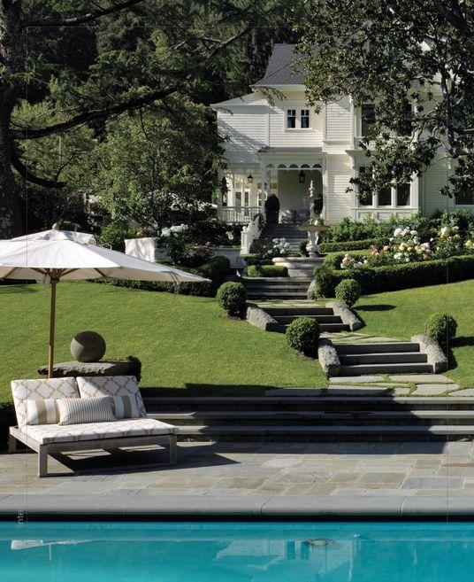 Pin Von Restoring Our Victorian House Auf Outdoor Living Innengarten Gartentreppe Franzosisches Landhaus