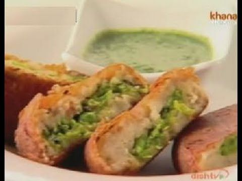 Chicken and rice casserole with spinach and shiitakes recipe watch celebrity chef sanjeev kapoor interacting with actor shalini and shares the recipe of stuffed aloo tikki only on zee khana khazana forumfinder Image collections