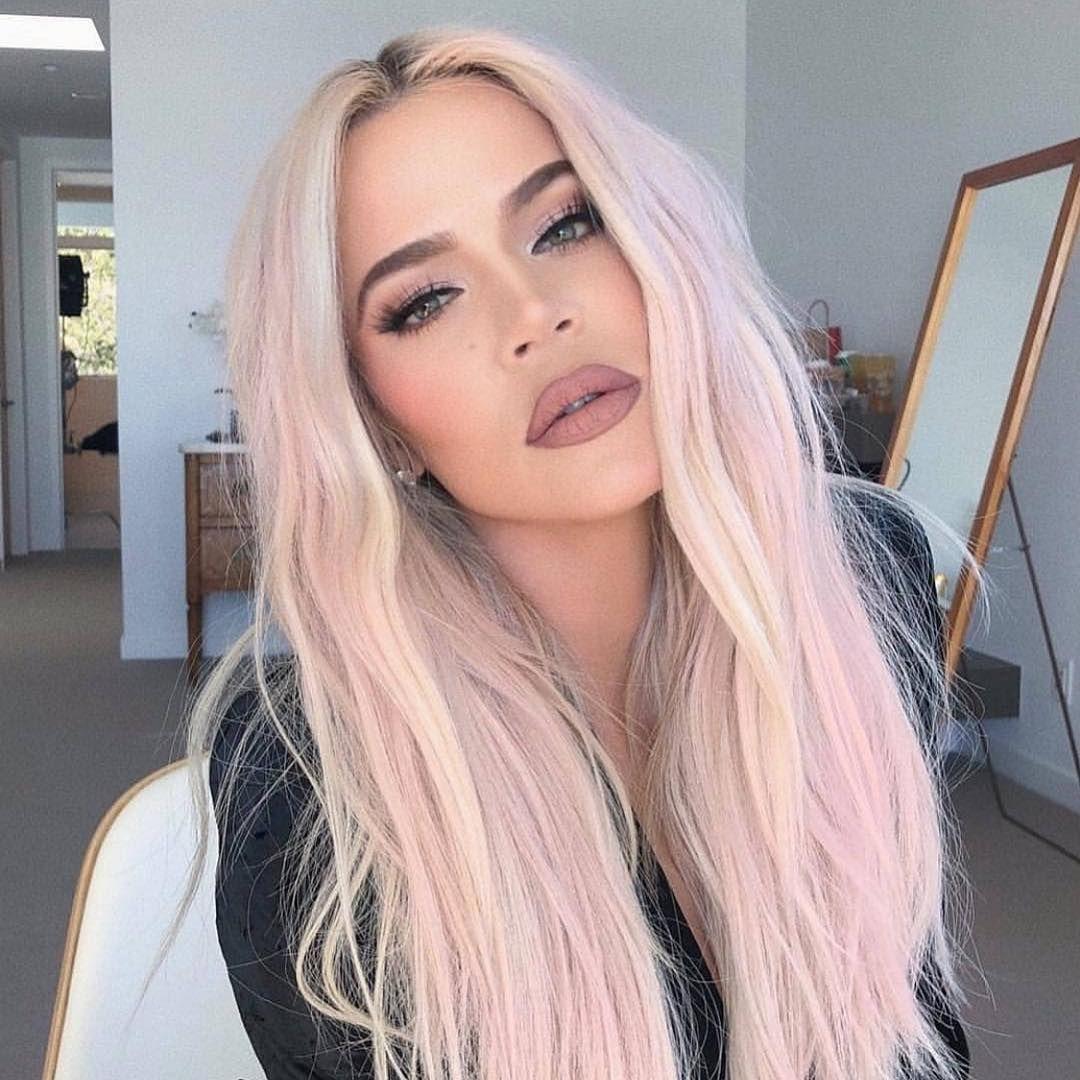 Hloe Jenner Kyliejenner Kylie Kimkardashian Kim Kourtneykardashian Kourtney Khloek Pastel Pink Hair Color Unnatural Hair Color Pink Blonde Hair
