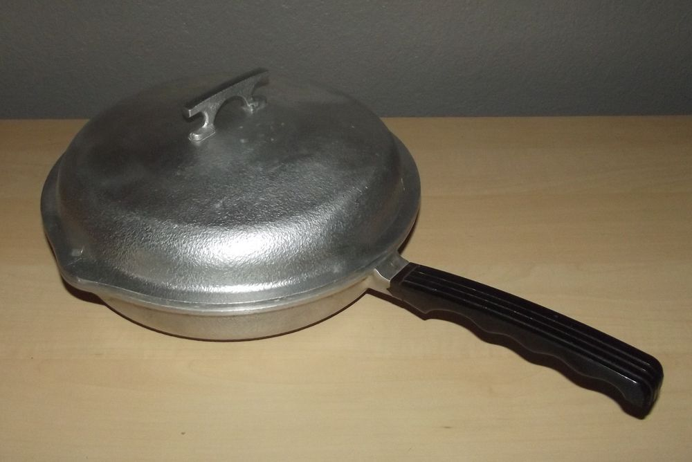 Vintage Queensware Cast Aluminum Large 13 Skillet Style Pan With Lid