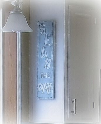 DIY gift idea for someone with a beach-theme room!