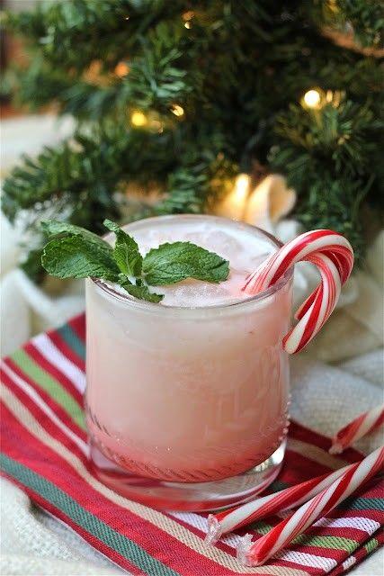 15 Easy Fun Christmas Drinks My Top Favorites Fun Christmas Drinks Christmas Drinks Holiday Recipes