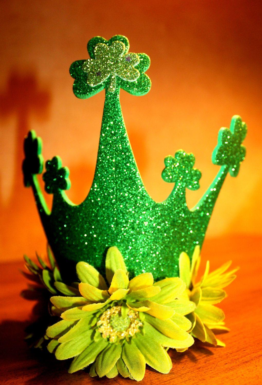 Mini St. Patrick's Day Crown $15.00, via Etsy.