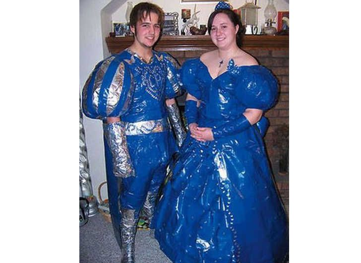Horribly Awkward Prom Photos That Will Unfortunately Live On Past - 38 awkward prom photos ever