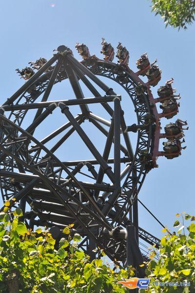 4 18 photo du roller coaster tornado situ parque de Roller adresse