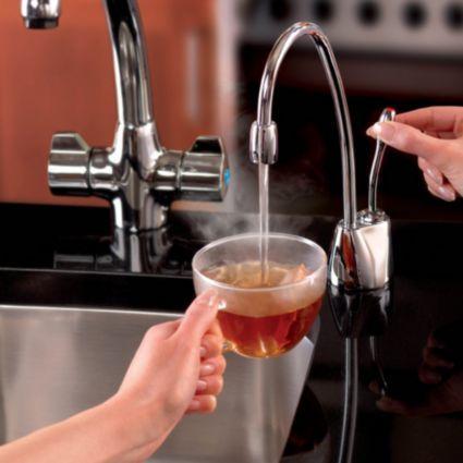 Insinkerator Chrome Effect Hot Water Dispenser Image 3 Water