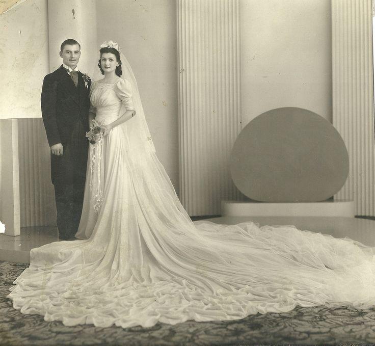 Beautiful vintage wedding dress | Wedding Dresses Vintage and Modern ...