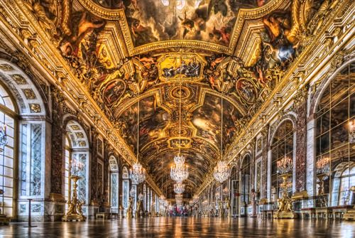 I could spent days in the #Hall of #Mirrors at #Versailles, just gazing at the ceiling and the gardens beyond the French Doors.