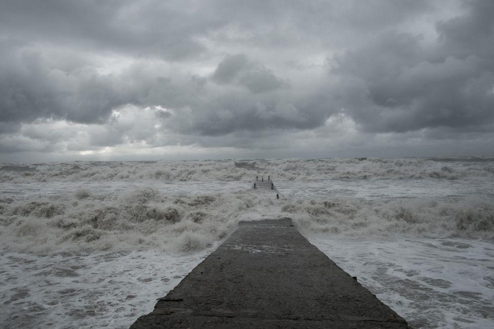 Картинки грустного моря