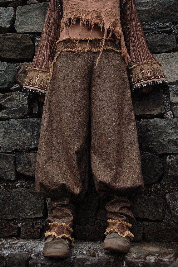 Pantalon en laine pour femme Pantalon avec broderie aztèque maya   – Damenmode – Herbsttyp