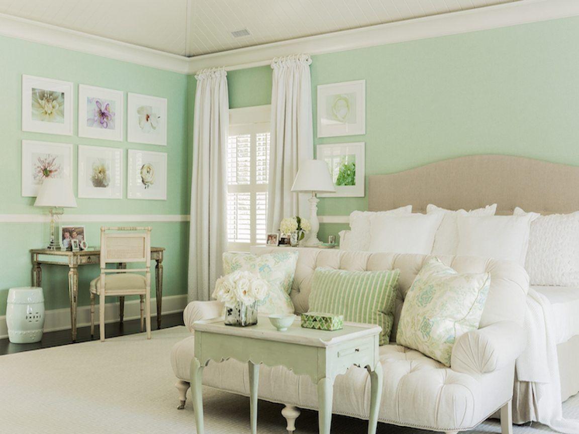 10 Beautiful Master Bedrooms With Green Walls Mint Green Bedroom