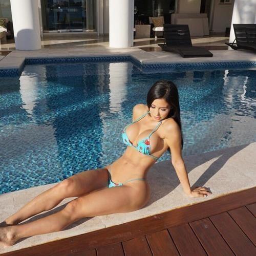 lesbian-fantasies-topless-bikini-pool-party-girl-girl-hot