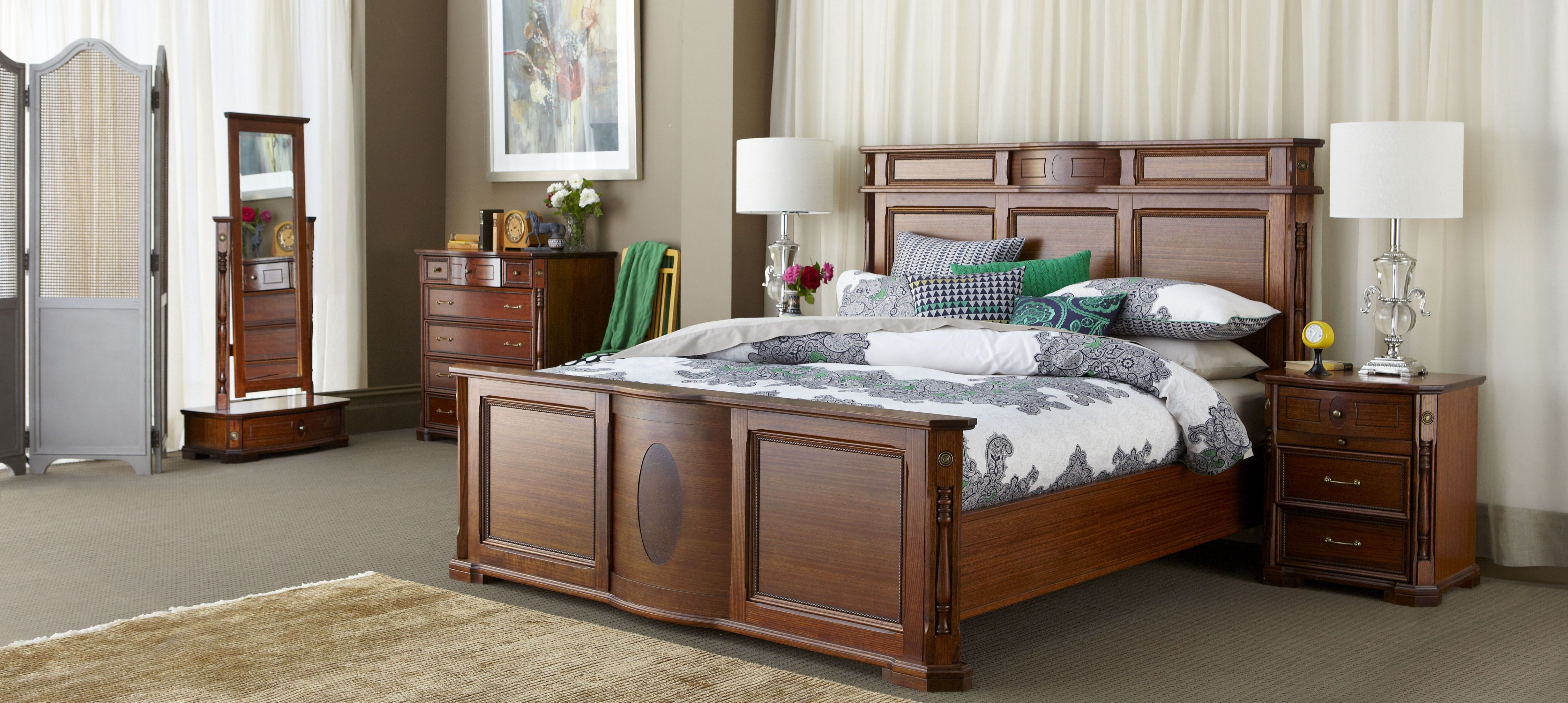 Forty Winks Malvern Classic Ornate Warm Toned Wood Grain Bedroom Furniture  Suite With Emerald Green And