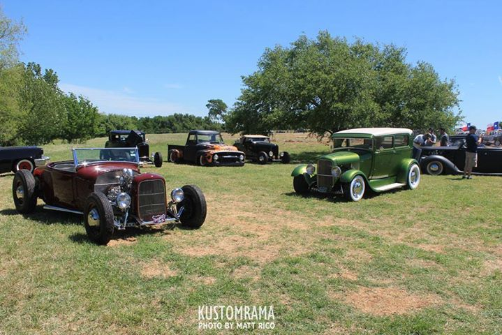 Two Kontinentals Car Club Hot Rods At This Years Lonestar Round Up