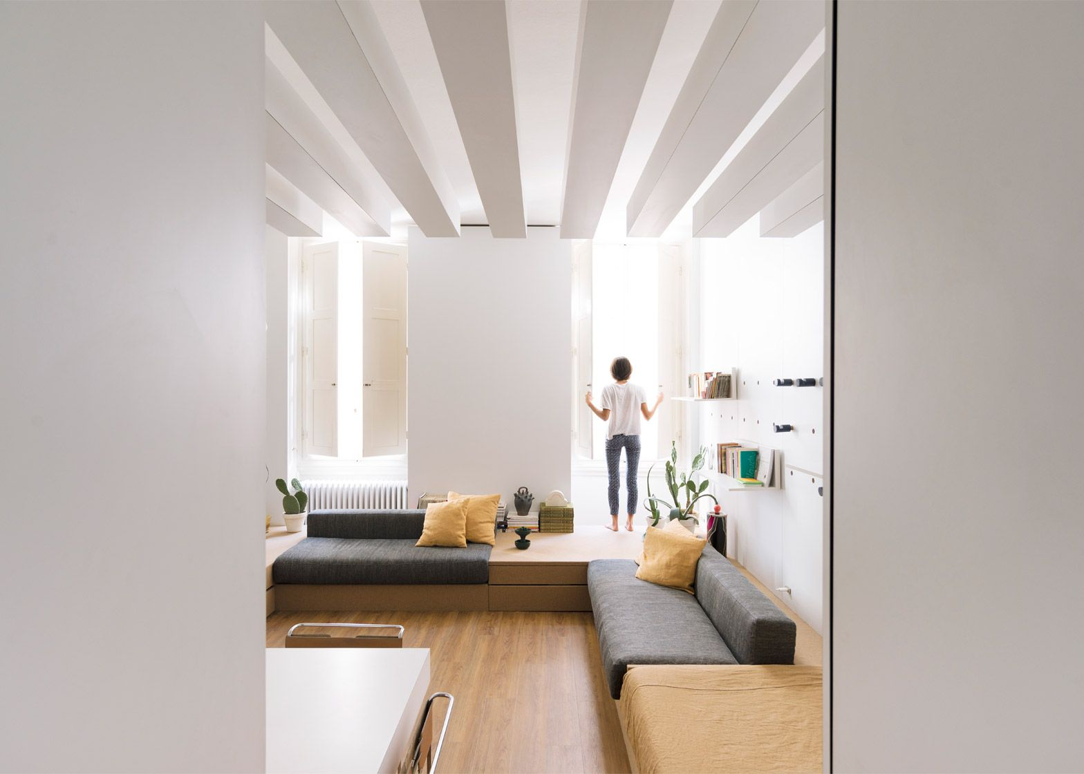 Architect Silvia Allori has overhauled a 1970s apartment in Florence ...