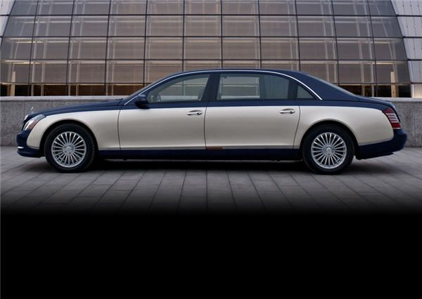 Your Carriage Awaits Prom Car Rentals Maybach Prom Car Limousine