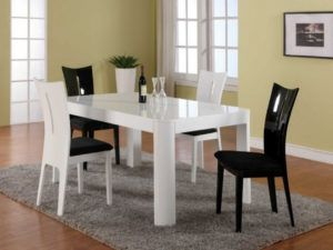 White Plastic Kitchen Table And Chairs