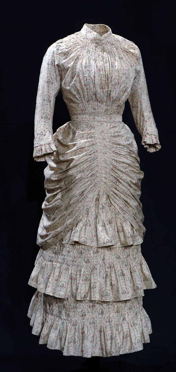 An 1878-1880 English summer day dress of lightweight cotton, very similar to the dress in the 1874 Tissot painting I posted. #englishdresses1880 An 1878-1880 English summer day dress of lightweight cotton, very similar to the dress in the 1874 Tissot painting I posted. #englishdresses1880 An 1878-1880 English summer day dress of lightweight cotton, very similar to the dress in the 1874 Tissot painting I posted. #englishdresses1880 An 1878-1880 English summer day dress of lightweight cotton, very #englishdresses1880
