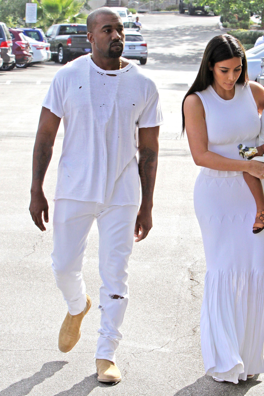 Kanye West Style 2015 04 05 15 Jpg 2000 3000 Kanye West Outfits Kanye West Style Kanye West And Kim