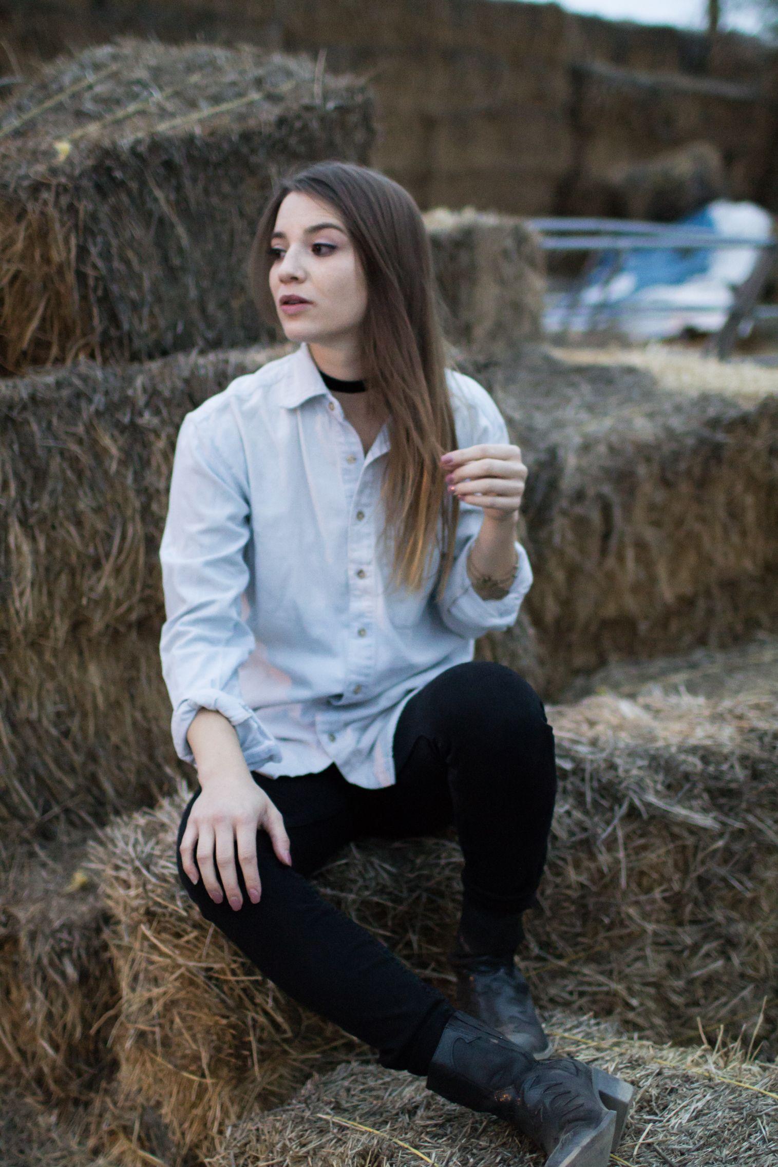 407d51527f9 Hay Girl (Ryan Gosling Pun Intended) - Becca Booker Media — Allison Carol