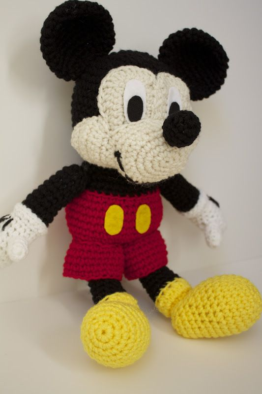 Handmade by Meg K: Crocheted Mickey Mouse [Pattern Review ...