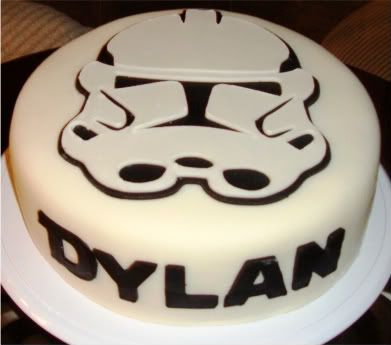 I had to pin my Star Wars Cake that I made for my son\'s 4th birthday ...