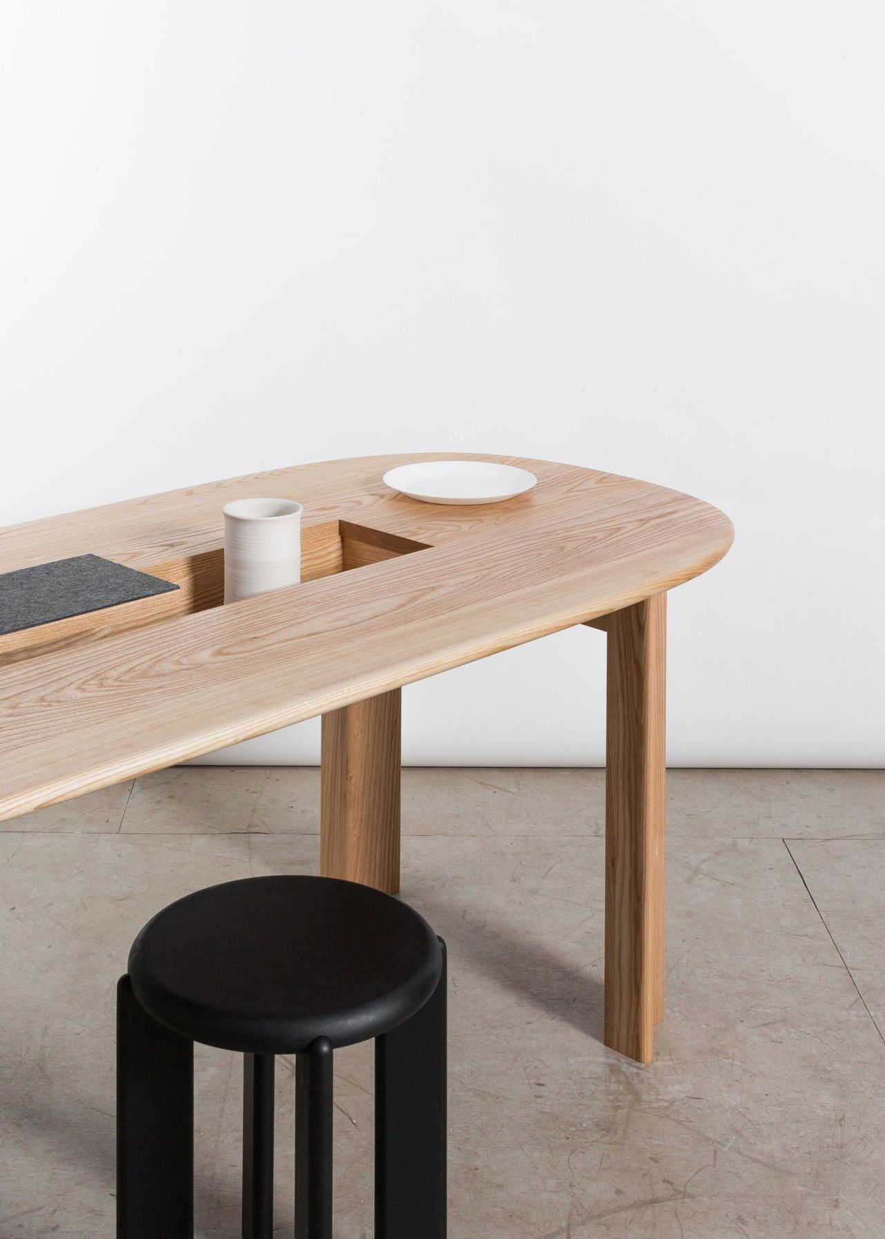 Miro Dining Table By Studio Snng Minimal Studio And Tables # Meuble Design Zein Chloe
