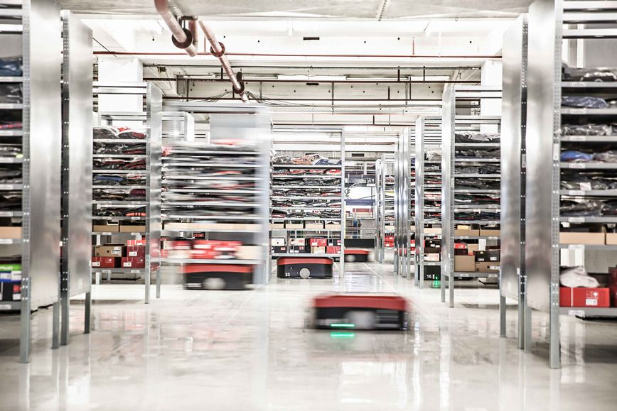 Automated Guided Vehicle L1200s In 2019 Supply Chain