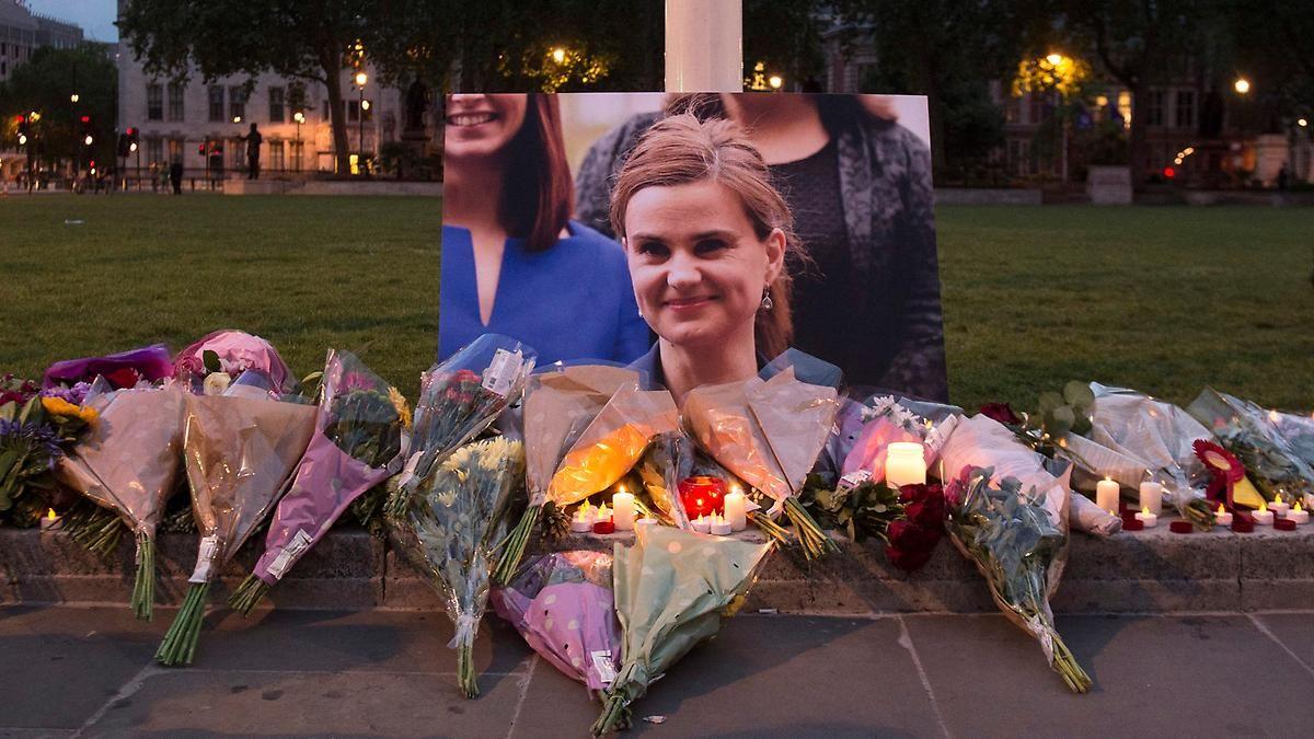 Trauer um ermordete Politikerin Jo Cox: Nachbarn beschreiben Attentäter als Einzelgänger