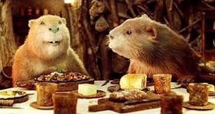 Castors résidant à Narnia. Il vivent dans une maison entièrement fabriqué de branches et buches de bois qu'il ont eu même empilés.