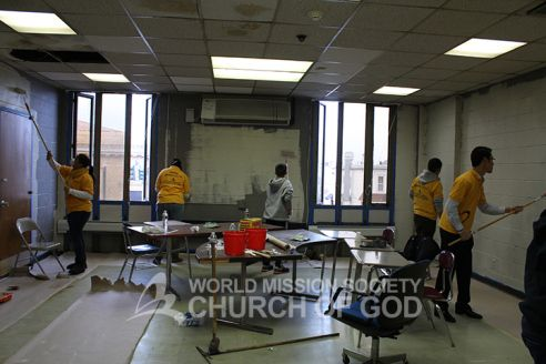 Brightening walls at the YMCA World Mission Society Church of God  MLKDay National Day of Service 2014 http://bit.ly/15ljYN0