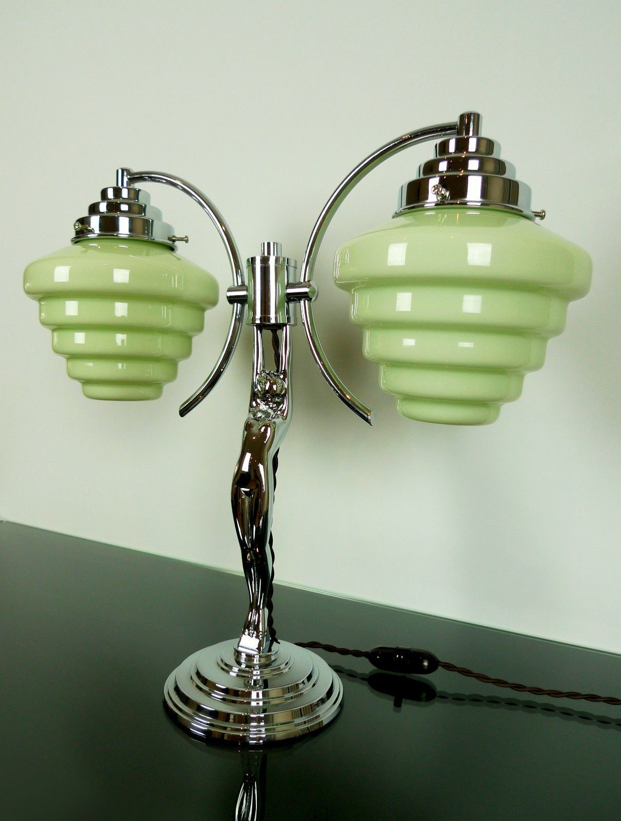ART DECO DIANA LADY LAMP, Antique 19s, Chrome Bakelite 19 Green