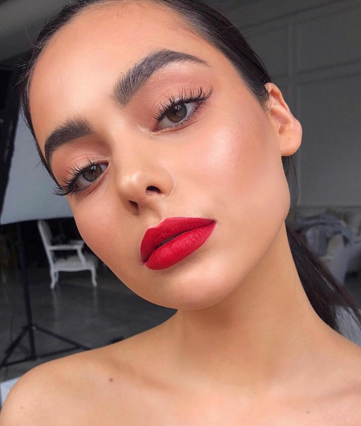 Red Lip Makeup Red Lip Makeup Everyday Makeup Makeup Inspo