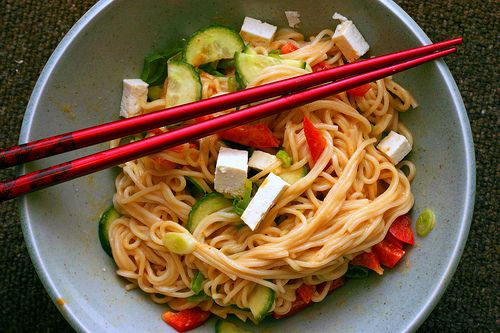 peanut sesame noodles by smitten, via Flickr