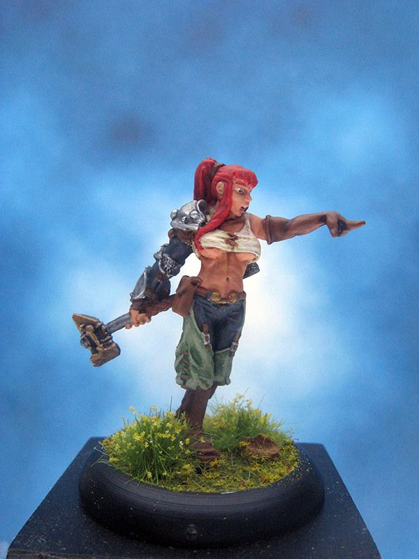https://flic.kr/p/HZYBfa | Painted Wyrd Miniature Taelor Lady Hammerstrike.