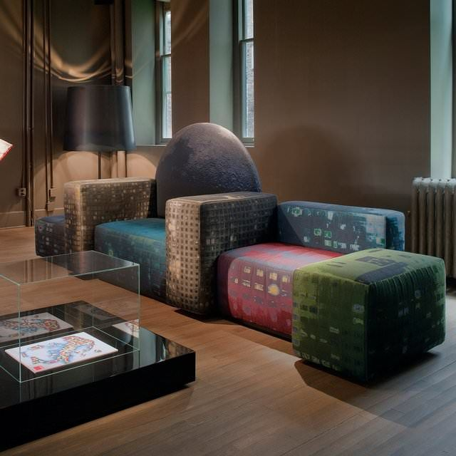348 Notturno Sofa by Cassina - lifestylerstore - http://www.lifestylerstore.com/348-notturno-sofa-by-cassina/