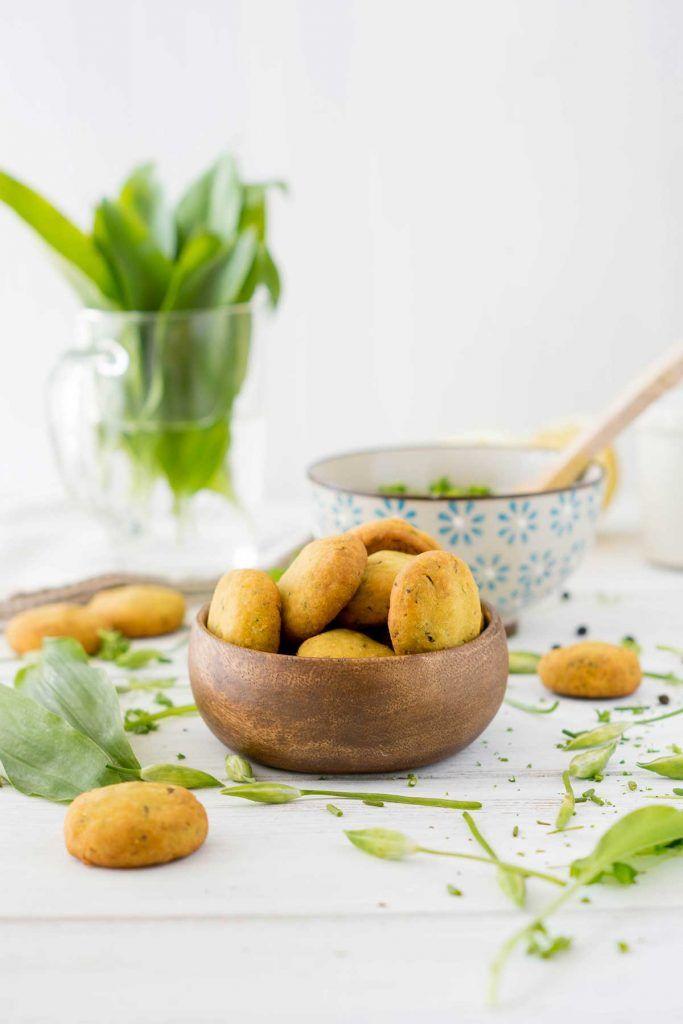 Bärlauch-Gebäck glutenfrei - Rezept mit Kräuterquark Dip