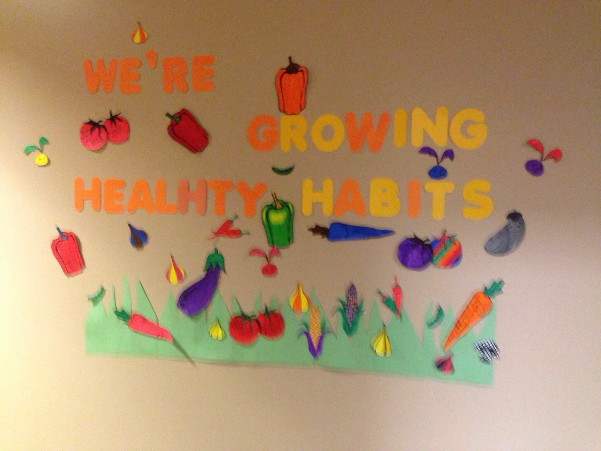 Go green vegetable bulletin board idea myclassroomideas com - Bulletin Board Idea I Got Vegetable Cut Outs From Google And Had Kids Color