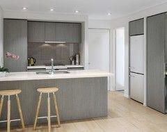 Pin By Katfibi On Kitchen Kitchen Cabinets Color Combination Kitchen Colour Combination Grey Kitchen Colors