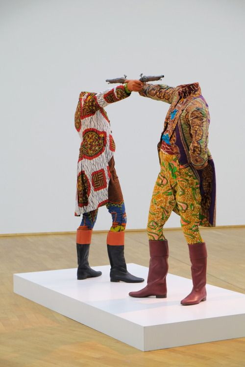 Yinka Shonibare, MBEHow To Blow Up Two Heads At Once (Gentlemen) – image Axel Schneider © MMK Frankfurt