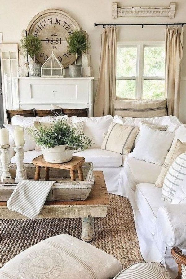 Wonderful Rug Living Room Farmhouse Decor Ideas 19