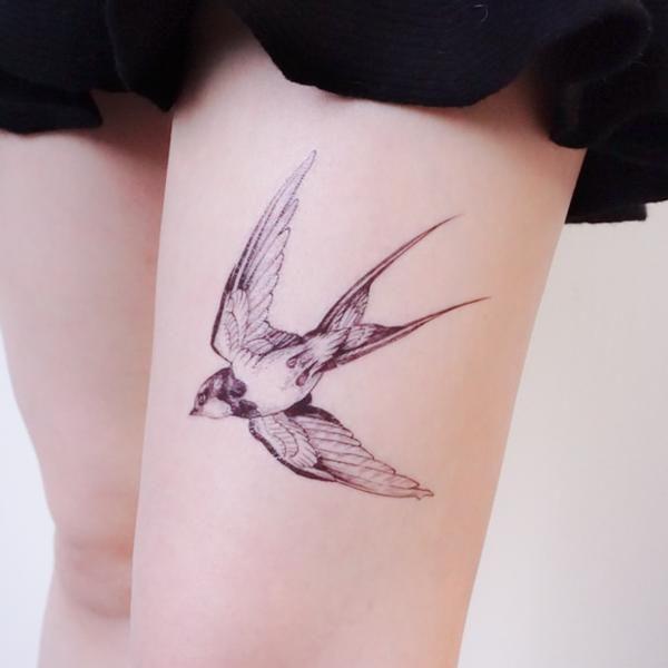 6cf1eea0270bf Korea Fineline Watercolor Delicate Swallow Tattoo Sticker Bird Temporary  Tattoo HK Hong Kong Vintage Classic 復古美式經典水彩燕子刺青紋身 LAZY DUO Tattoo ...