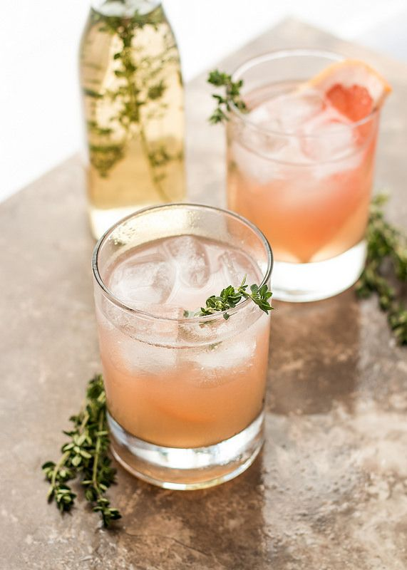 Grapefruit Thyme And Lillet Cocktail Refreshing Summer Cocktails Summer Cocktails Cocktail Recipes