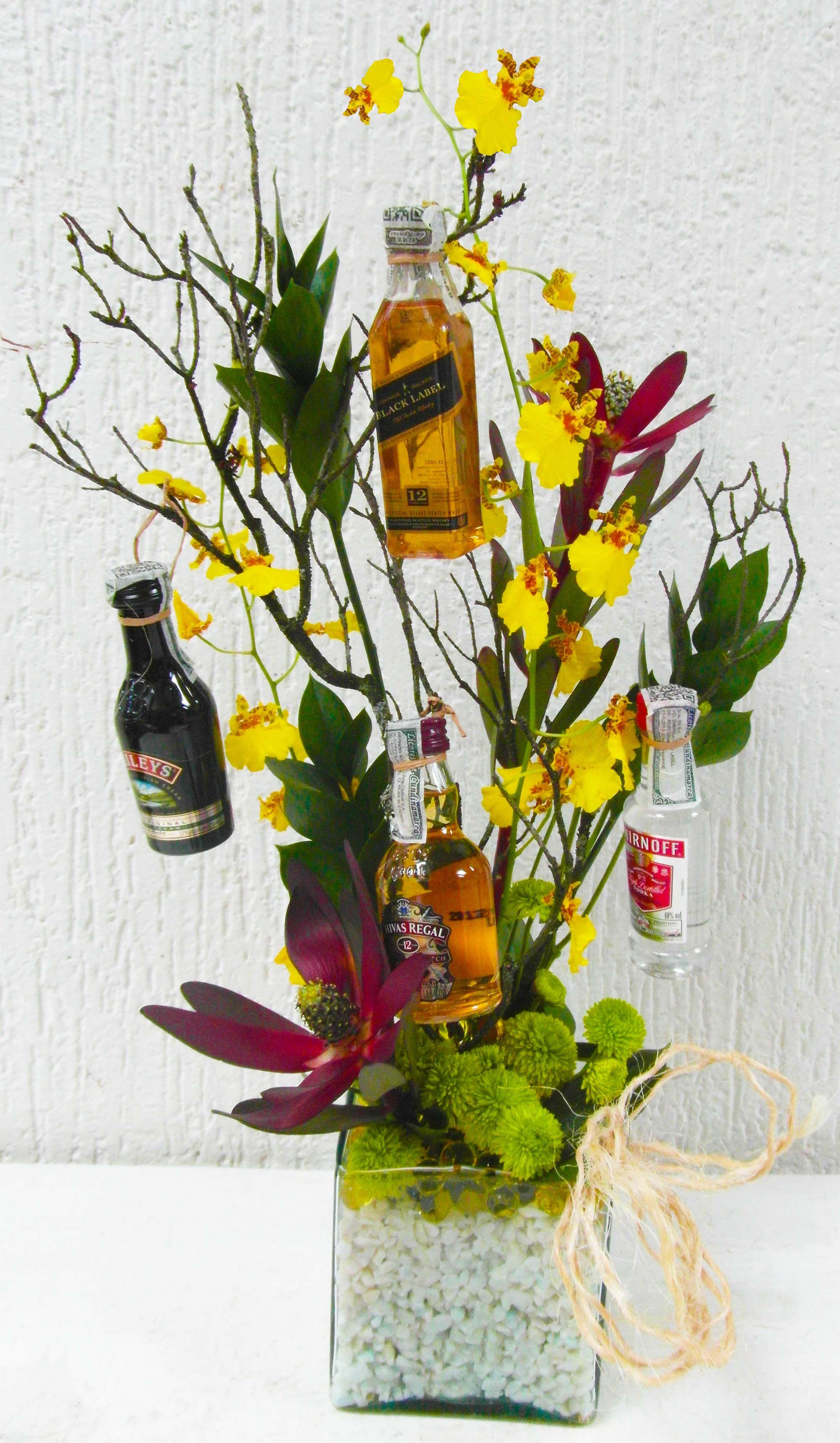 Diseño Floral Arreglo Con Orquídeas Oncidium Cubo De