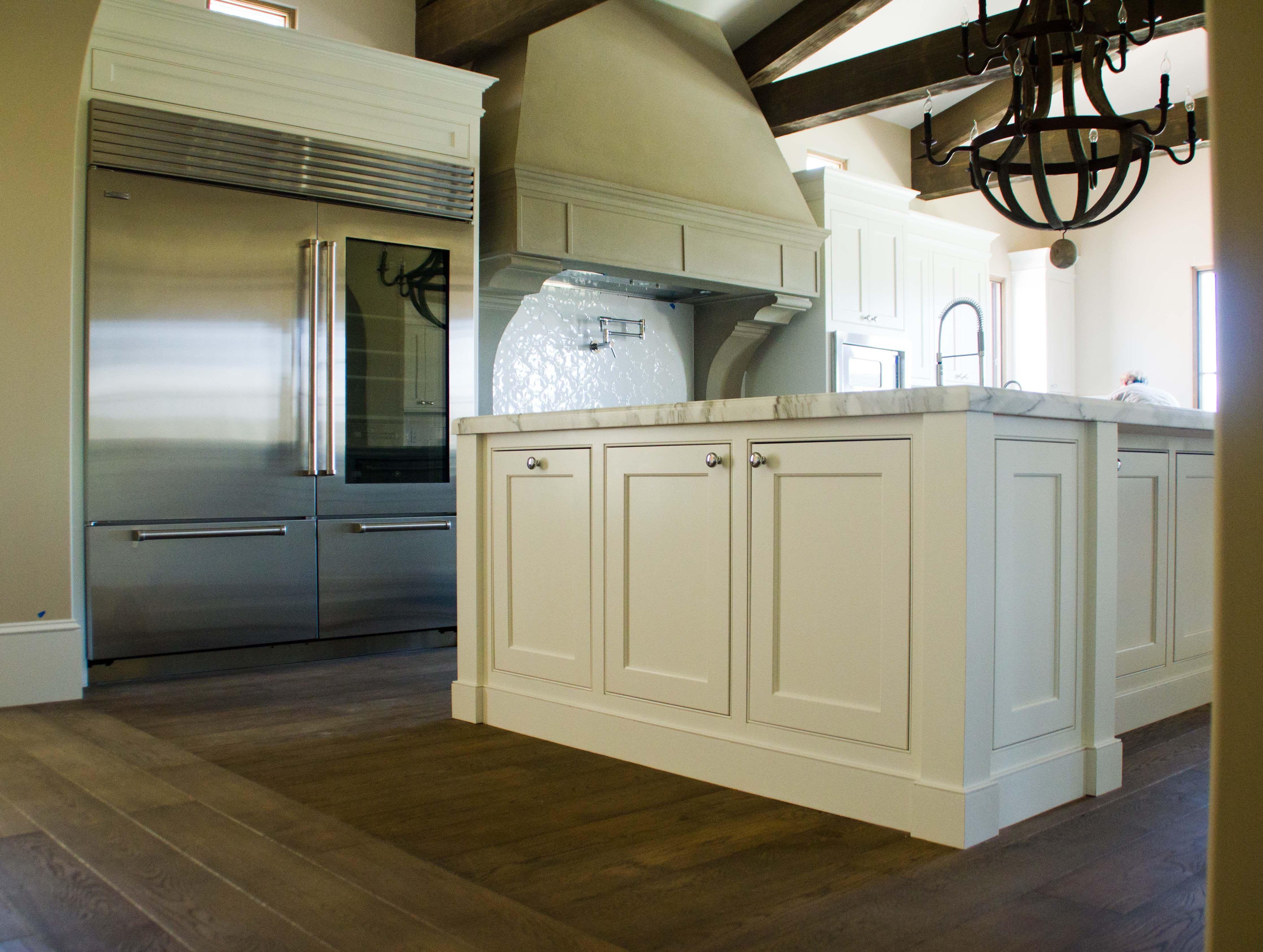Kitchen Cabinets Without Toe Kick On 4472x3373 Beaded Flush Fit Lake Sherwood