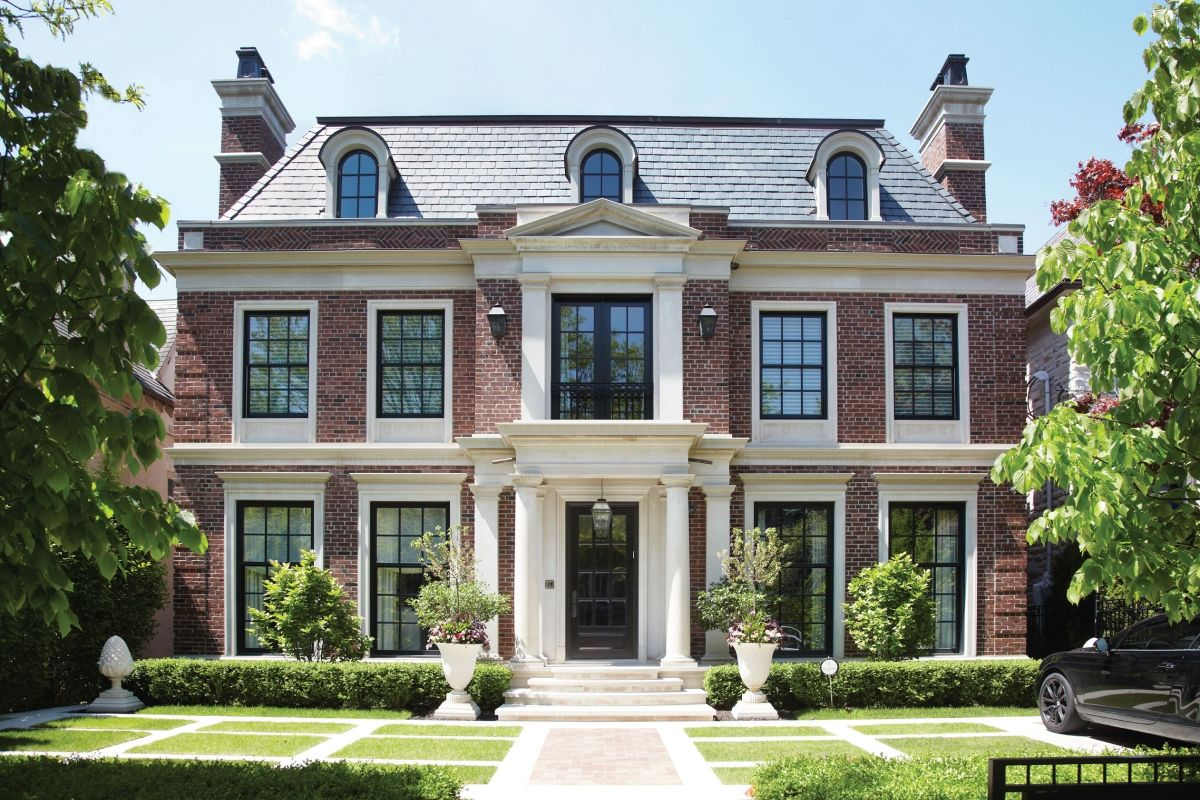 The detail in the brickwork on the exterior of this for American classic house style